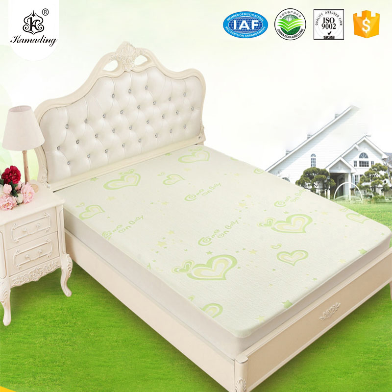 Hot New Products  New Printed Cotton Comforter Bed Sheet Set Bedding Sets Waterproof Mattress Pad Protector Cover Breathable Fitted Mattress Cover Featured Image