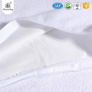Hot New Products  New Printed Cotton Comforter Bed Sheet Set Bedding Sets 100% Cotton Terry Bed Bug, Dust Mite & Allergy Control Pillow Protector