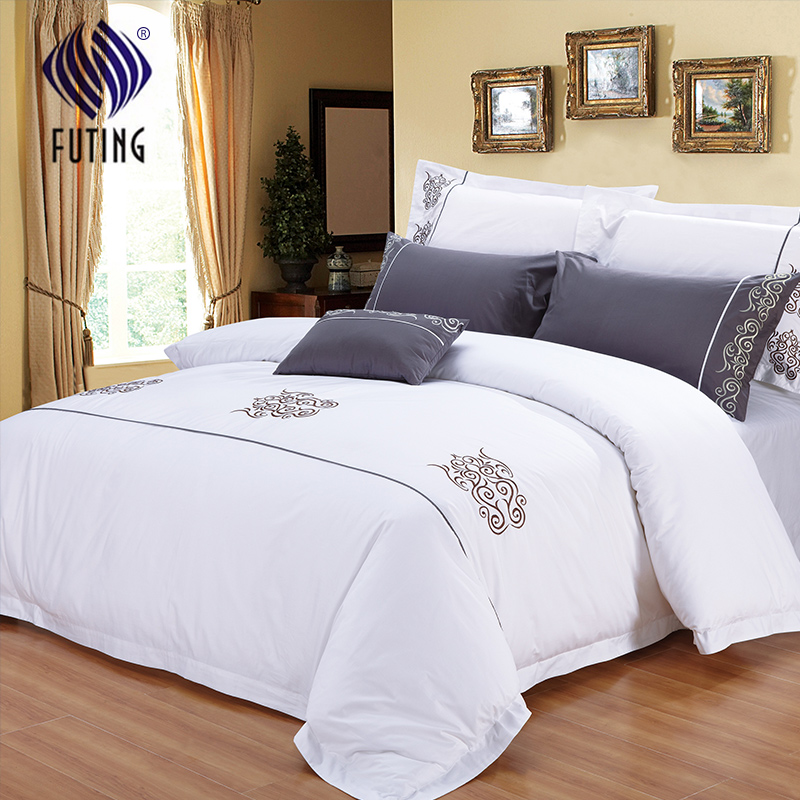 Factory Outlets Factory hot sale 4 piece hotel bed linen 300tc home sheets cotton bedsheets with wholesale price Featured Image