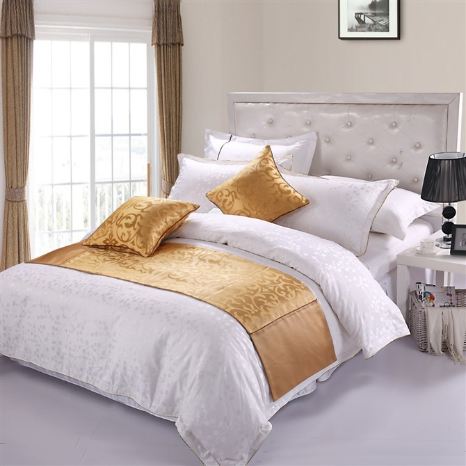 Bed runner & Bed cover