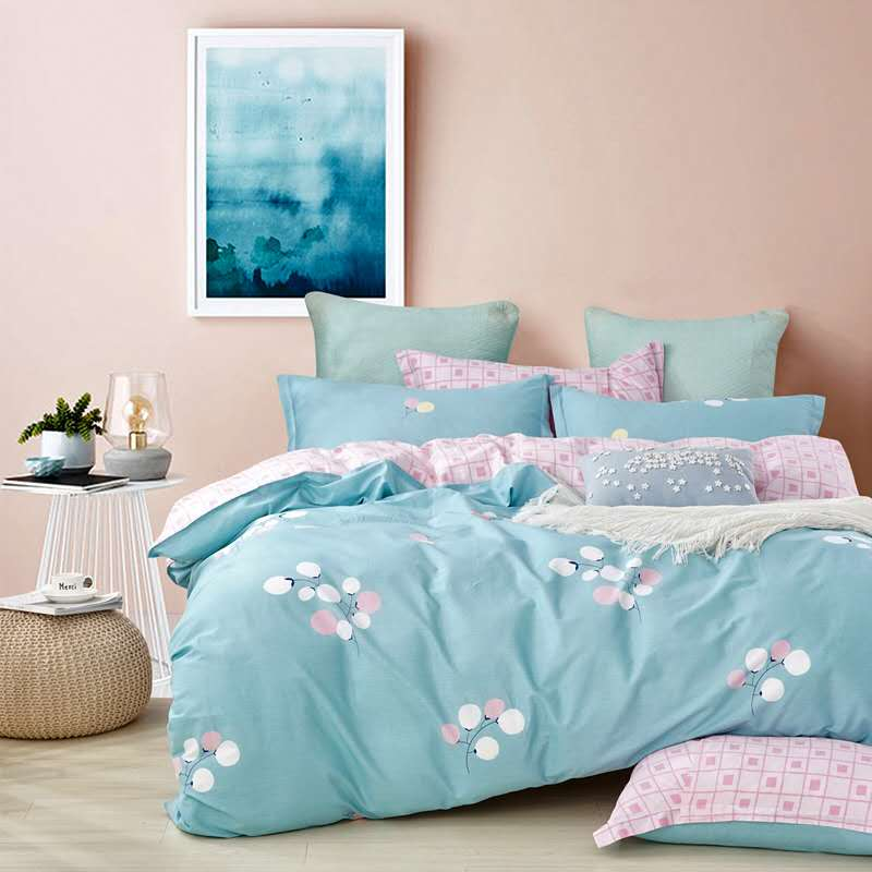 Ultra Soft Cotton King Floral Printed Duvet Cover Set with Zipper Closure Featured Image